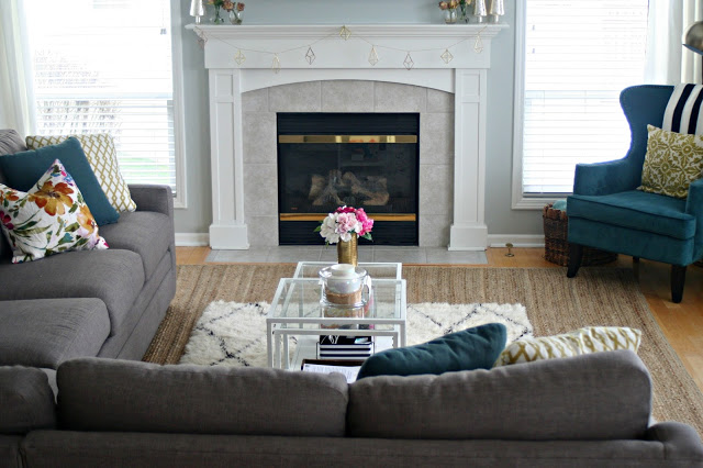 chic and glam home with textures and patters in sherwin williams silver strand