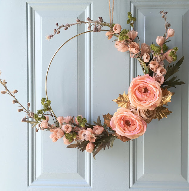 DIY gold hoop fall wreath